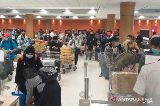 Lebih seratus pekerja migran dari Malaysia tiba di NTB