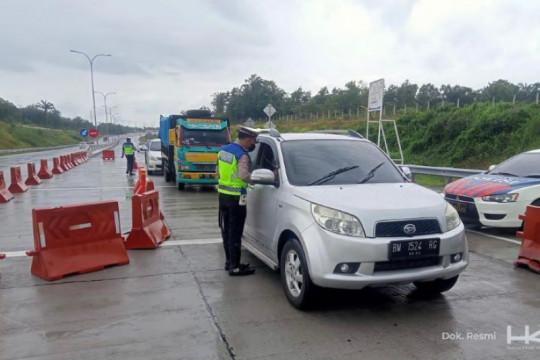 Hutama Karya dan kepolisian lakukan penyekatan di Tol Pekanbaru-Dumai
