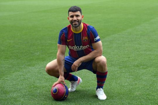 Sergio Aguero senang akhirnya bisa debut di Barcelona