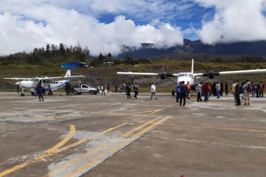 Pemkab Puncak Papua tutup sementara penerbangan hingga 22 Agustus