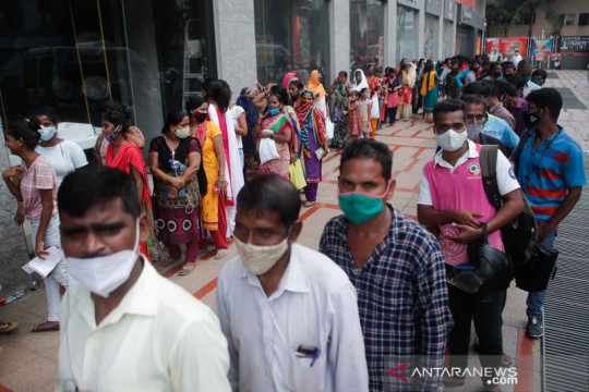 India rayakan 1 miliar dosis vaksin COVID dengan film dan lagu