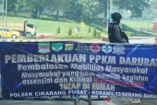 Polisi buka seluruh titik sekat di Bekasi