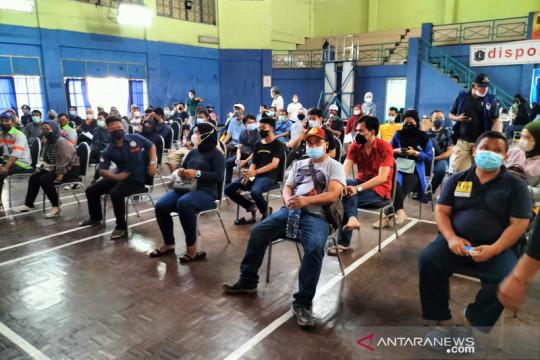 16.700 warga ikuti vaksinasi massal di Gelanggang Remaja Kalideres