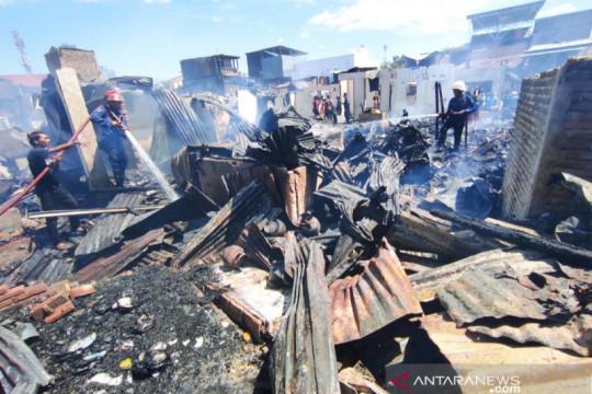 Kebakaran hanguskan 110 rumah di permukiman padat Makassar