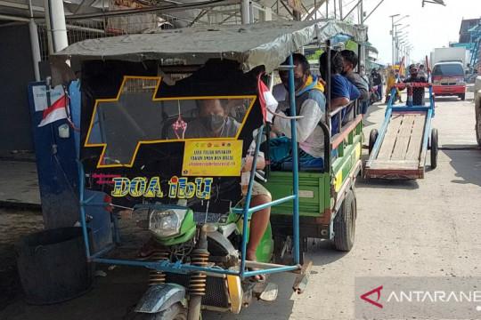 Odong-odong jemput ABK di dermaga Pelabuhan Muara Angke ikut vaksinasi