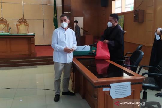 Wali Kota Cimahi nonaktif Ajay diminta membayar uang pengganti Rp7 M