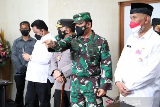 "Panglima tegaskan pentingnya ""tracing"" saat kunjungi Sumatera Barat"