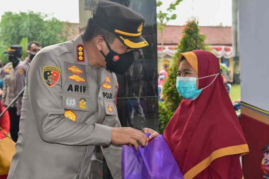 Polresta Cirebon gelar vaksinasi COVID-19 kepada anak yatim piatu