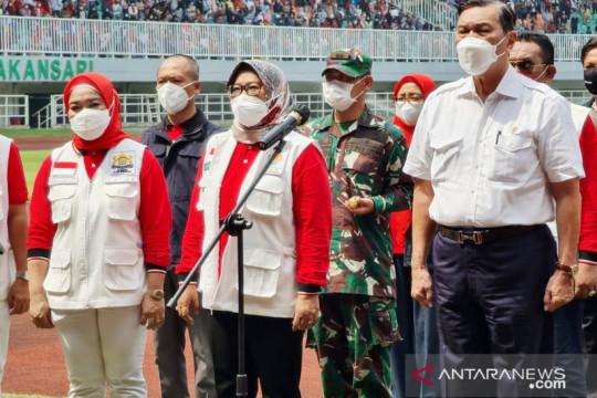 Luhut naikkan target vaksinasi di Bogor jadi 100 ribu per hari