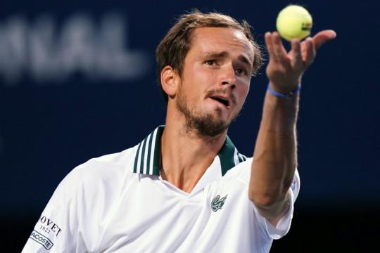 Medvedev lewati Evans menuju perempat final US Open