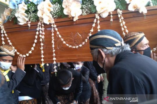 Empat putra iringi pelepasan jenazah Adipati Mangkunegara IX