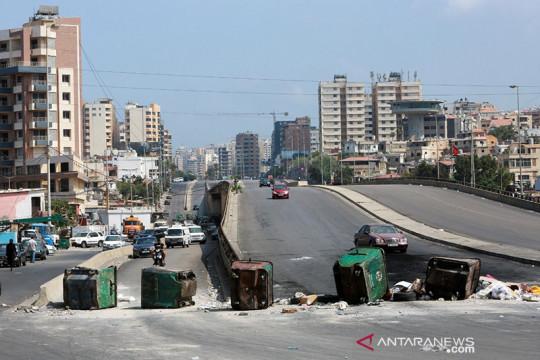 Tangki BBM meledak di Lebanon, sedikitnya 20 tewas