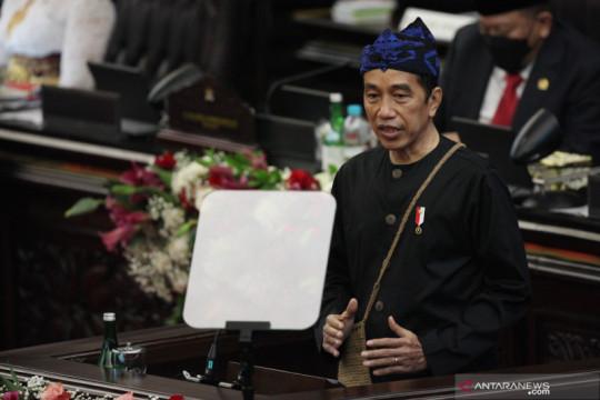 Membaca ekspresi Presiden Jokowi di Sidang Tahunan MPR 2021