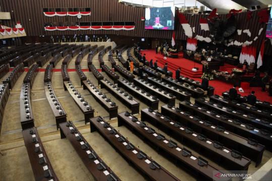 Komisi III DPR: Tingkatkan rekrutmen hakim agar kerja peradilan cepat