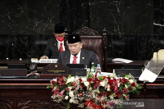 Ketua DPD RI kumandangkan penggalan lirik lagu Iwan Fals