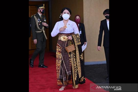 Bukan Payas Agung, ini baju adat yang dikenakan Puan Maharani