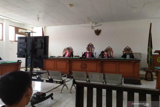 Bupati Bandung Barat Aa Umbara didakwa atur pengadaan paket bansos