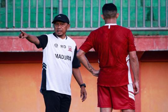 Walau menang atas PSS, RD sebut Madura United kurang agresif