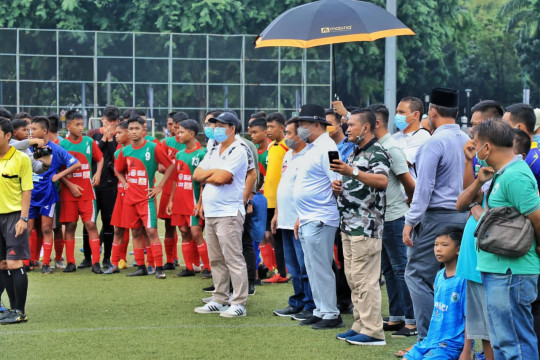 "Ketua DPD: Manfaatkan ""sport science"" kembangkan sepak bola Indonesia"