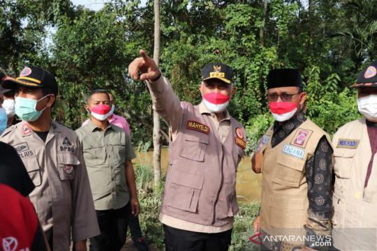 "Pemprov Sumbar ""back up"" Pemkot Padang untuk bantuan korban banjir"
