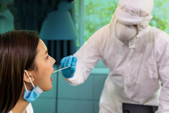 Laboratorium afiliasi Kemenkes sudah turunkan biaya tes usap PCR