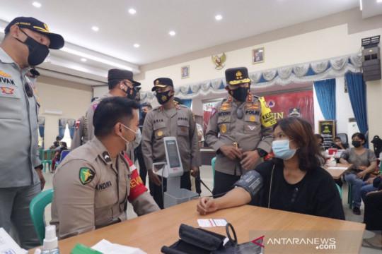 Kakorlantas Polri tinjau gerai vaksinasi pengemudi di Batam