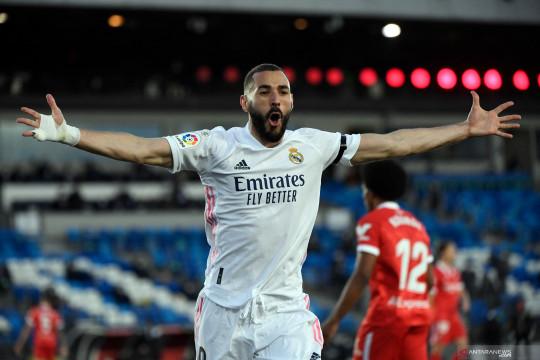 Karim Benzema perpanjang kontrak di Real Madrid hingga 2023
