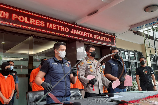 Polres Jaksel tangkap 11 pelaku tawuran di Mampang