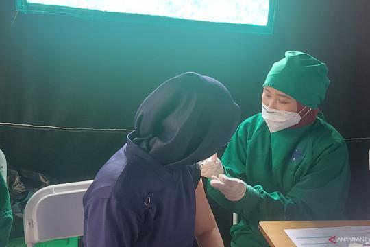 DKI kemarin, perluasan akses vaksin hingga status zona merah