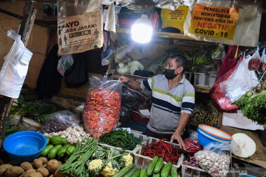 Harga cabai dan tomat di DKI turun 10 persen jelang akhir PPKM