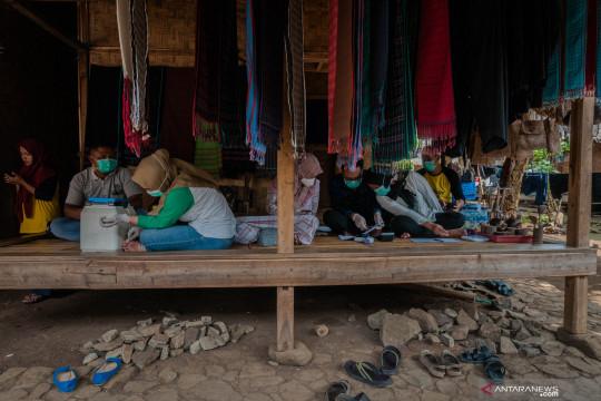 Puskesmas Cisimeut gelar vaksinasi di permukiman warga Badui