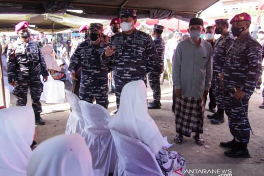 TNI AL bersama Ponpes Assalam Situbondo gelar vaksinasi untuk santri