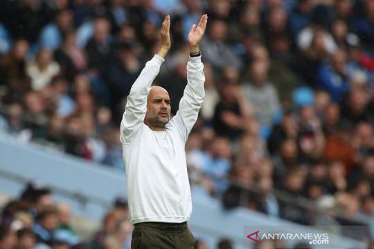 Guardiola minta Manchester City membangun komitmen
