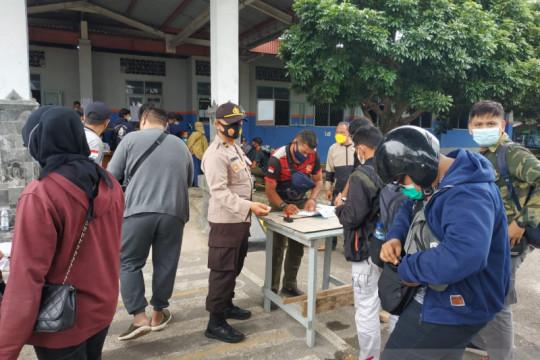 Tim gabungan perketat pengawasan penumpang di Pelabuhan Tanjungkalian
