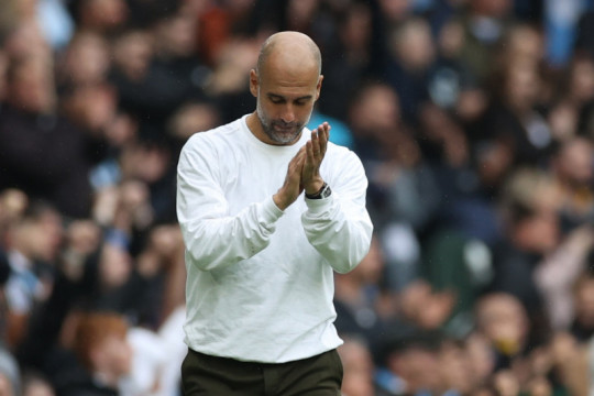 Pep Guardiola belum buat keputusan soal penyerang baru