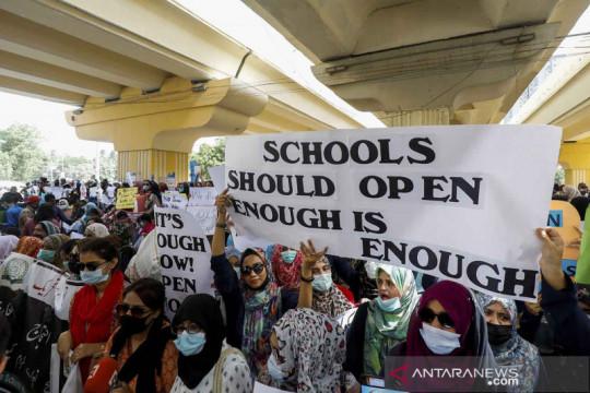 Aksi guru di Pakistan tuntut dibukanya kembali sekolah