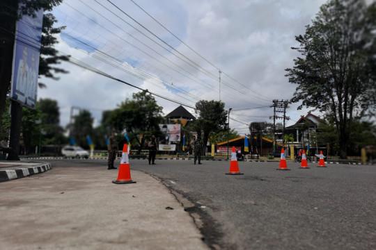 Wakapolda Jambi mengecek pos penyekatan PPKM Level 4 di perbatasan