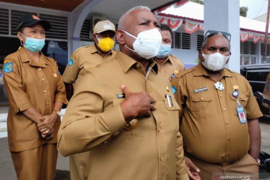 Gubernur Papua Barat mengajak parpol proaktif gelar vaksinasi