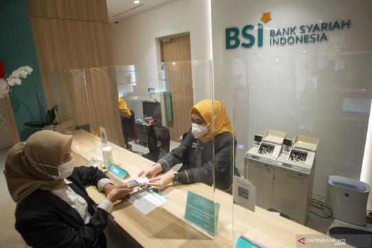 BSI raih penghargaan bank syariah terbaik