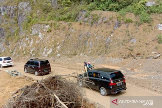Rawan Longsor, pengendara diimbau waspada lewati Jalur Malalak