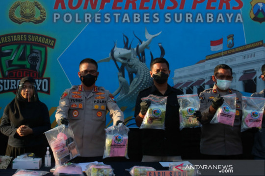 Polisi Surabaya gagalkan peredaran 13 kg sabu-sabu