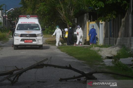 Penutupan akses menuju wilayah zona merah di Palu