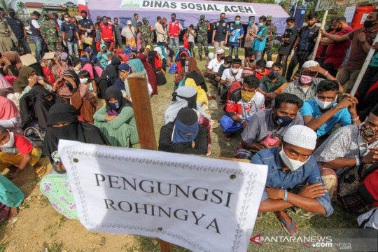 Empat imigran Rohingya dipindahkan ke Makassar