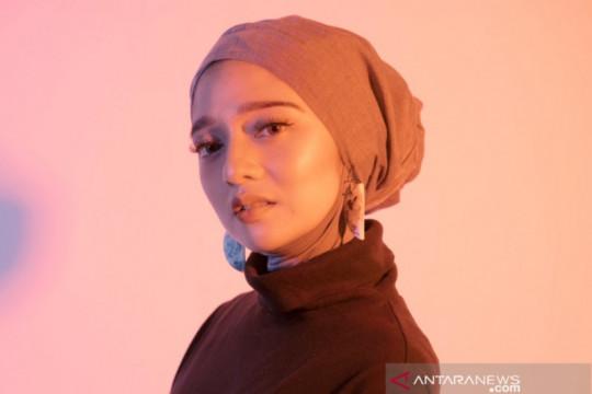 "Chiki Fawzi ceritakan kehidupan lewat lagu ""Bandara"""