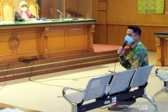 Hengky Kurniawan bantah laporkan Bupati Bandung Barat ke KPK