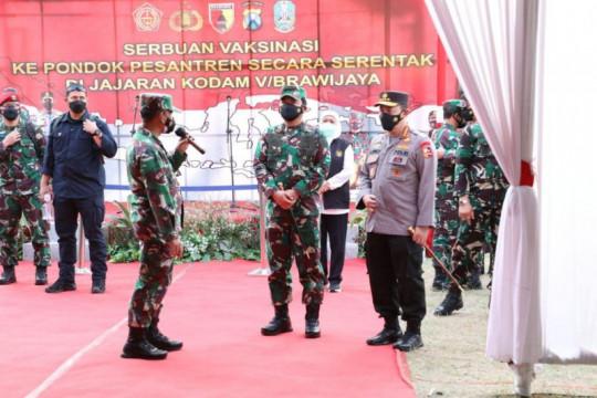 Panglima TNI: Kiai berperan bantu pemerintah tanggulangi COVID-19