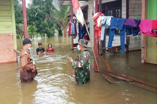 Kotim salurkan beras sumbangan gotong royong untuk korban banjir