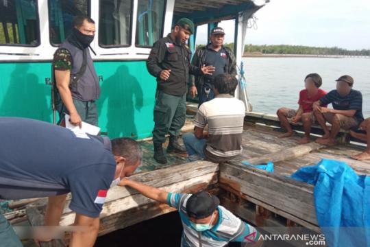 Gakkum KLHK Sulawesi menggagalkan penyelundupan kayu Meranti ke Sulsel
