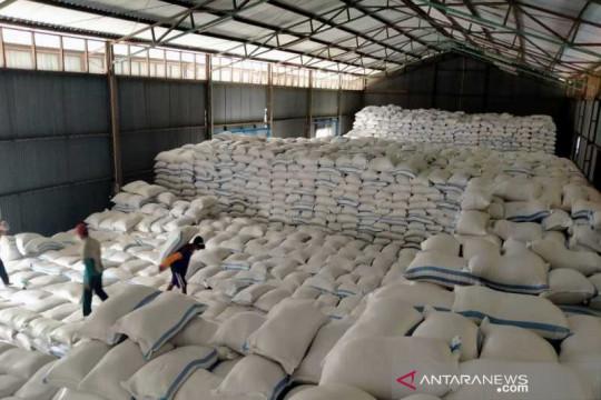 Bulog salurkan bantuan beras  untuk PKM di Solo Raya 8.950 ton
