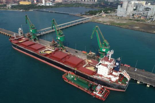Krakatau-Pertamina jual perdana BBM kapal rendah sulfur